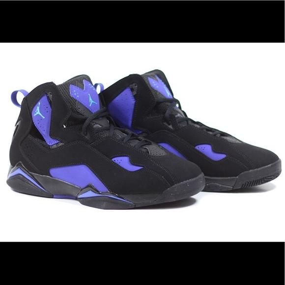 timeless design 44d66 d374e Air Jordan s Sz. 5Y Nike TRUE FLIGHT shoes. M 5a9d27889a94558c2f634602